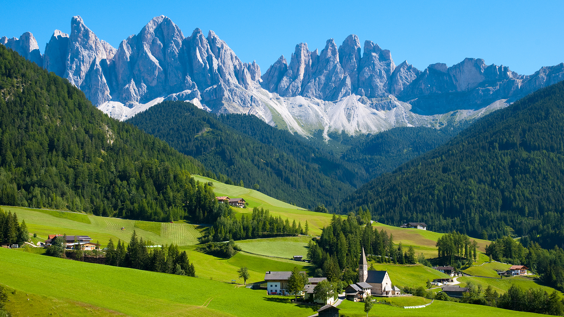 10 Reasons to Visit Swiss Alps